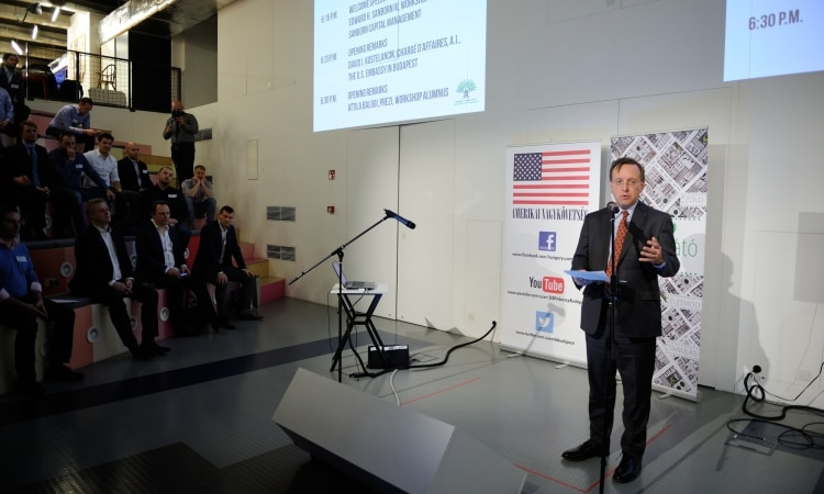 Chargé Kostelancik speaking on the stage of Prezi (Embassy photo)